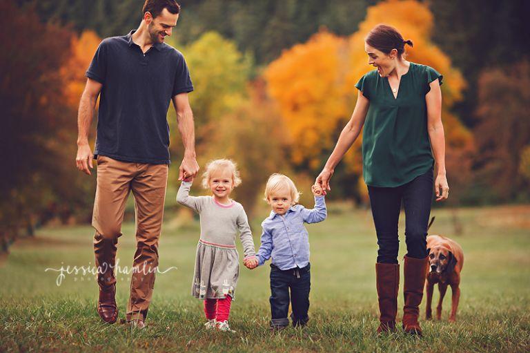 family dog photographer seattle wa