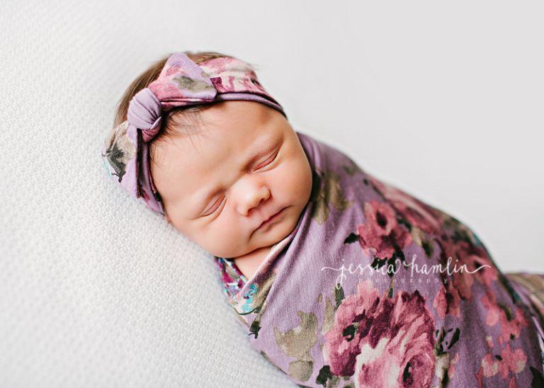 maple valley newborn photographer