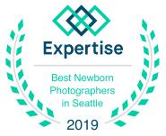 seattle best newborn photographer